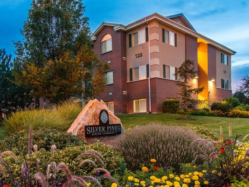Silver Pines Apartments in Sandy, UT