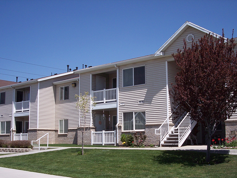 Meridian Heights Apartments in Sandy, UT