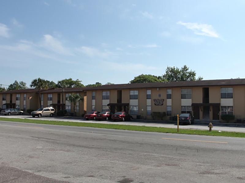 La Casa Prima Apartments in Jacksonville, FL
