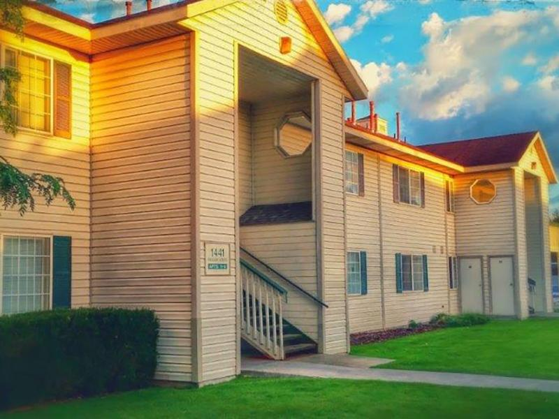 Palisades Park Apartments in Ammon, ID